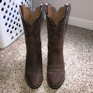 ariat women's real leather cowgirl boots